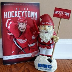 Detroit Red Wings 🌺 Hockeytown Garden Gnome